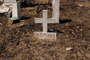 Tumba tapiada en el Cementerio de Los Extranjeros