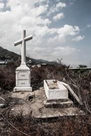 Una gran mayoría de las tumbas se encuentran profanadas.