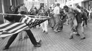 1977 1 Stanley Forman The Soiling of Old Glory